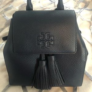 TORY BURCH THEA MINI BACKPACK NAVY NEW WITHOUT TAG